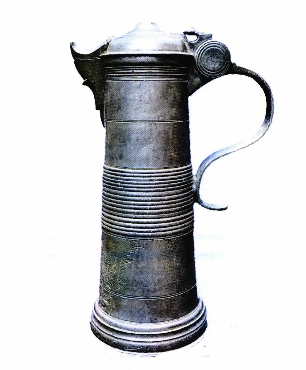 Meşterul IGK; Cană pentru împărtăşanie din cositor - Parohia Reformată Curtuiuşeni - BIHOR (Patrimoniul Cultural National Mobil din Romania. Ordin de clasare: 2787/10.11.2017 - Fond)