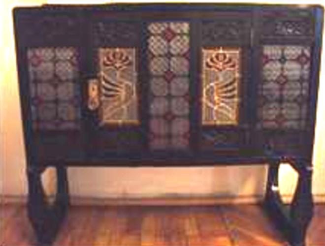 Bufet de epocă - Muzeul Naţional al Literaturii Române - IAŞI (Patrimoniul Cultural National Mobil din Romania. Ordin de clasare: 2195/22.03.2016 - Tezaur)