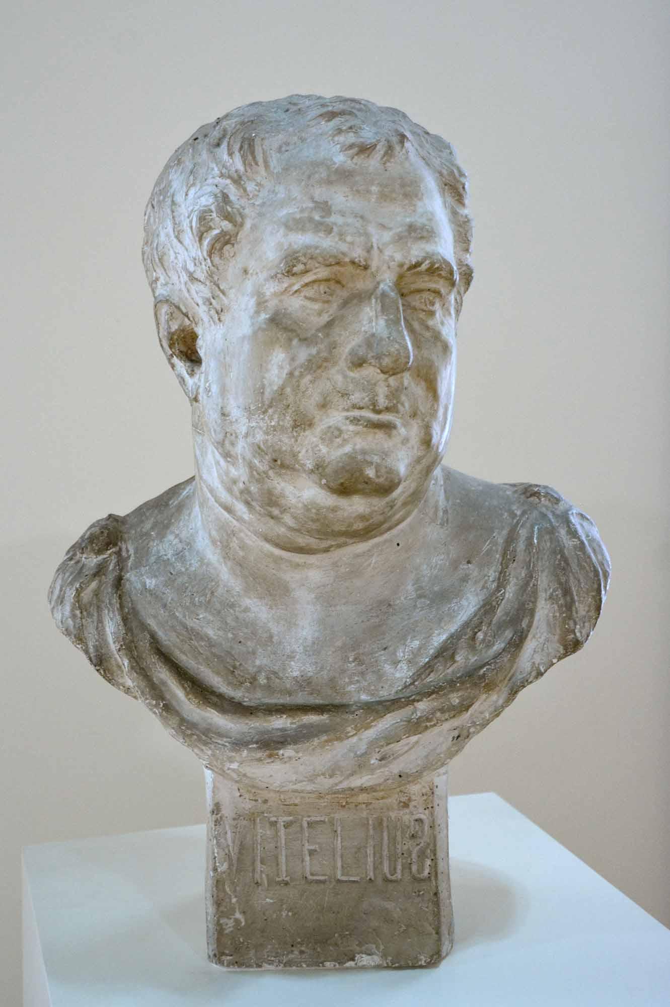 sculptură - Brâncuşi, Constantin; Vitellius - Muzeul de Artă - CRAIOVA (Patrimoniul Cultural National Mobil din Romania. Ordin de clasare: 2579/05.03.2003 - Tezaur)